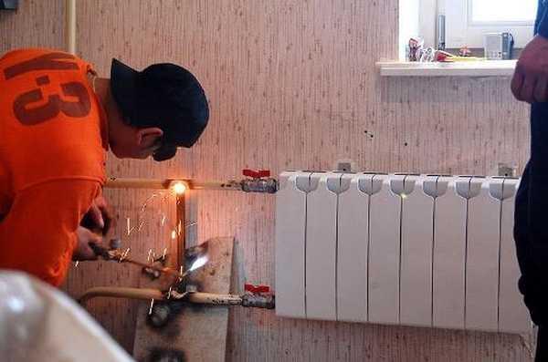 Радиаторы отопления замена своими руками