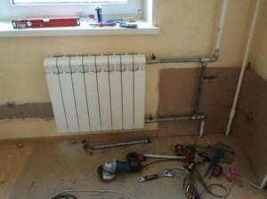 подсоединение радиатора к трубам