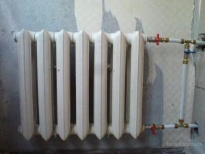 замена чугунного радиатора