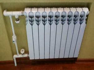 алюминиевый радиатор отопления в квартире