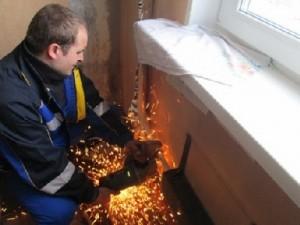 демонтаж старой батареи отопления
