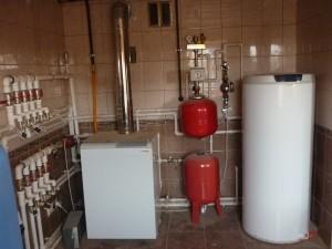установленный газовый котел протерм