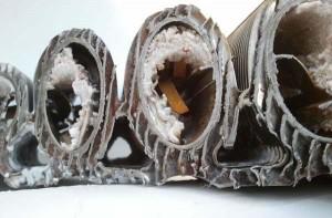 загрязненные трубы отопления