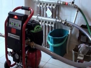 компрессор для устранения воды из системы теплый пол