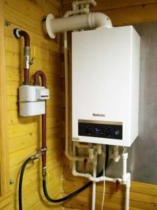 отопление дома настенным газовым котлом отопления