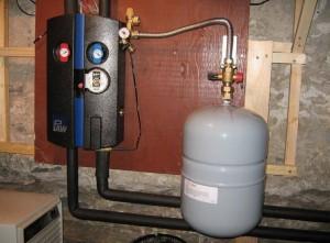 закрытый бачок в системе отопления