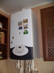 двухконтурный газовый котел в квартире