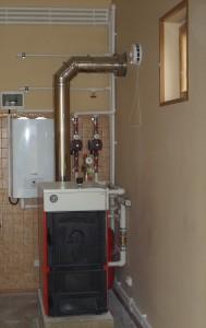 твердотопливный и электрокотел в системе отопления