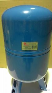 мембранный бак емкостью 80 литров