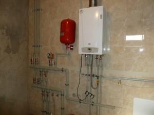 подключенный двухконтурный газовый котел