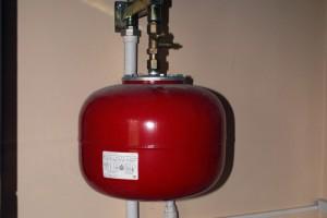 установка бака в систему отопления