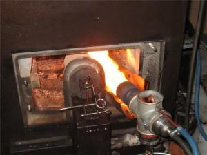котел на отработке с факельной горелкой