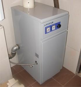 установленный чугунный газовый котел