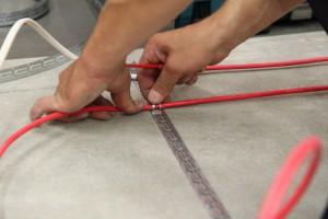 укладка кабеля электрического пола